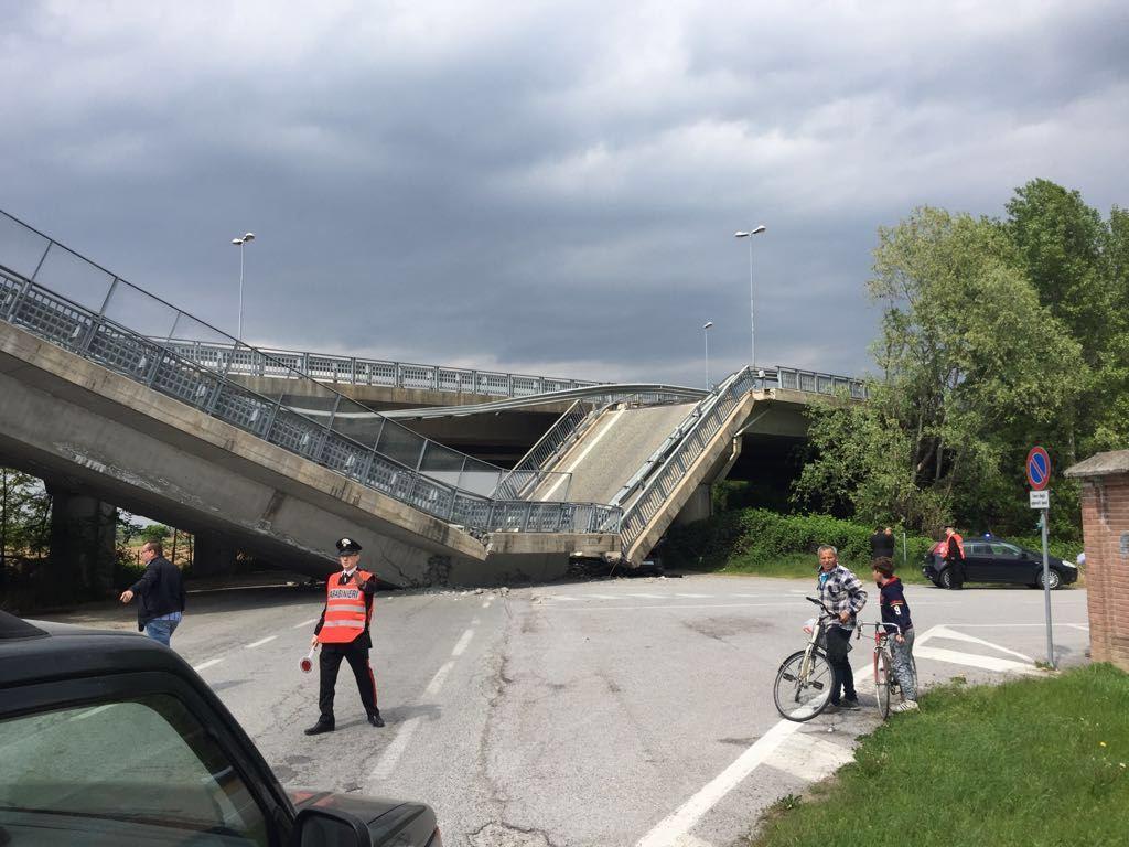 Crolla un altro ponte gli autotrasportatori chiedono for Piani di progettazione di ponti gratuiti